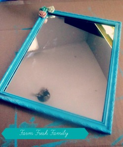 15 Minute Dollar Store Mirror Makeover